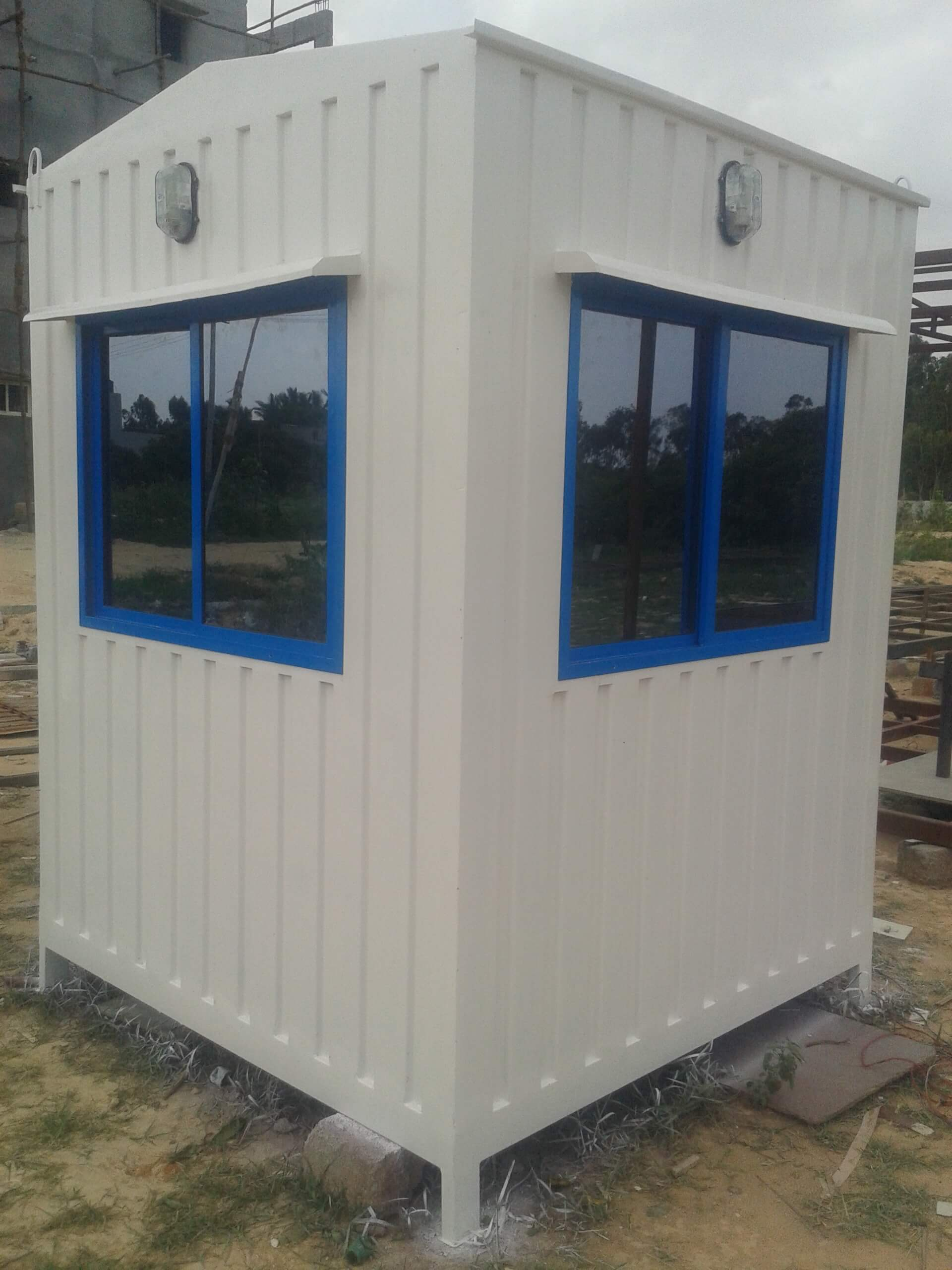 Different Types of FRP Cabins and their Sizes